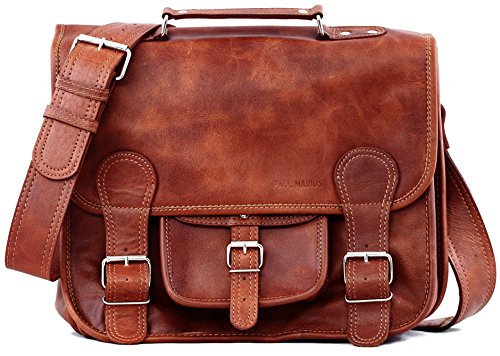 Shoulder bag M with pocket on the front, the right size for a vintage leather messenger bag